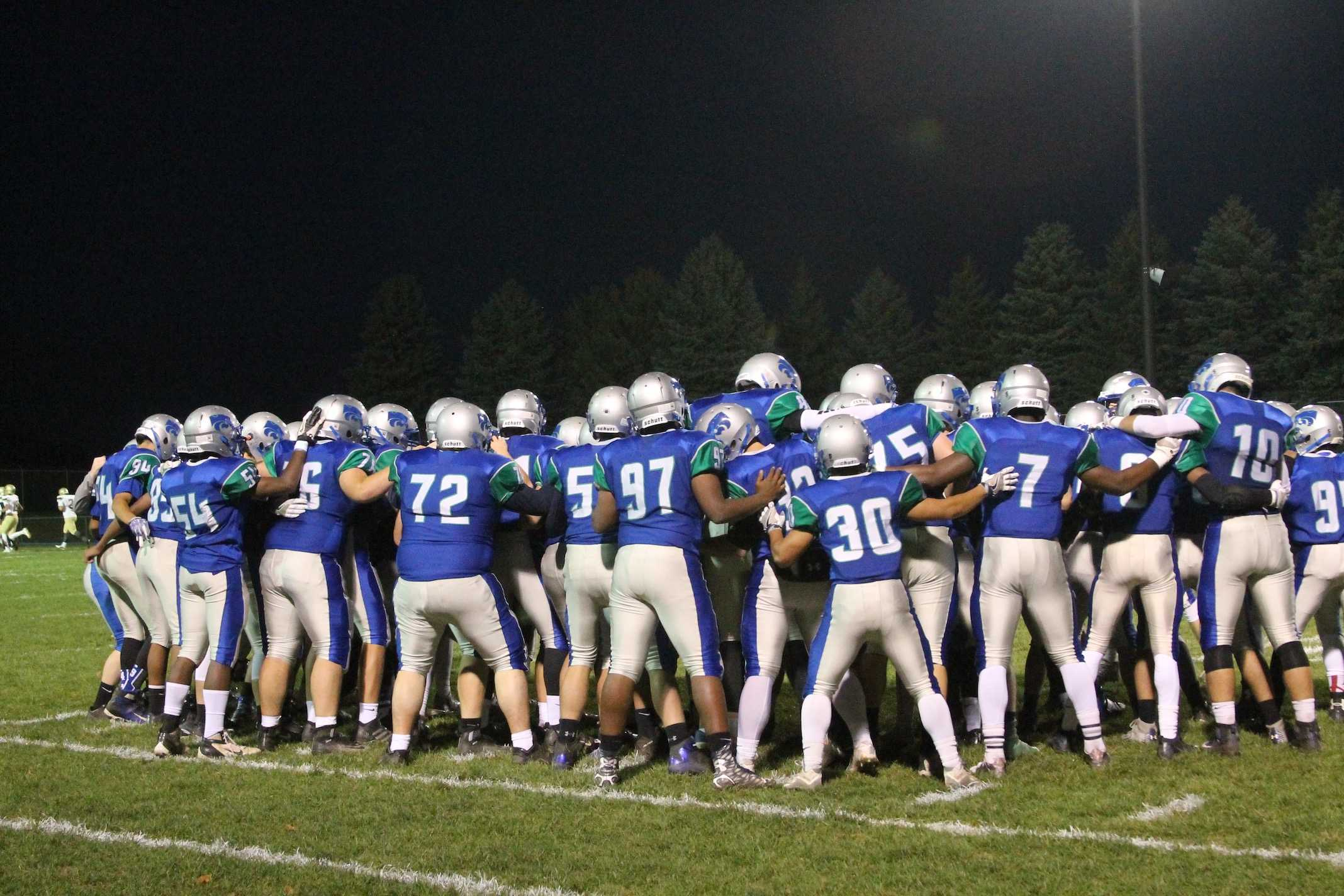 Wildcats huddle up