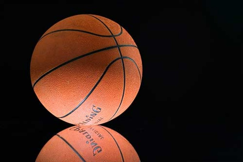 Girls Basketball Perseveres Against Panthers